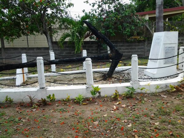 Monument à la gloire des marins - La Désirade