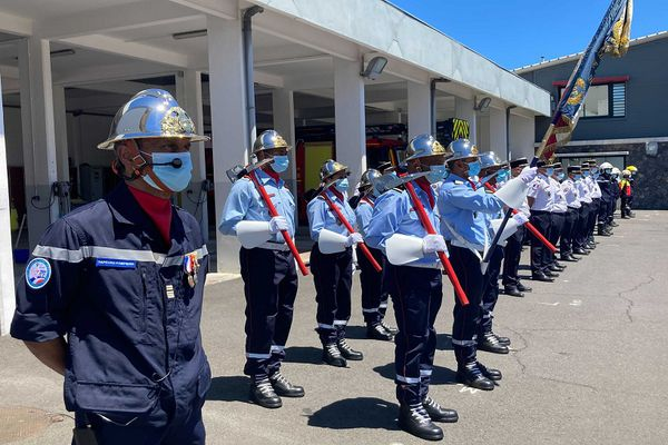 Pompiers de La Réunion décorés