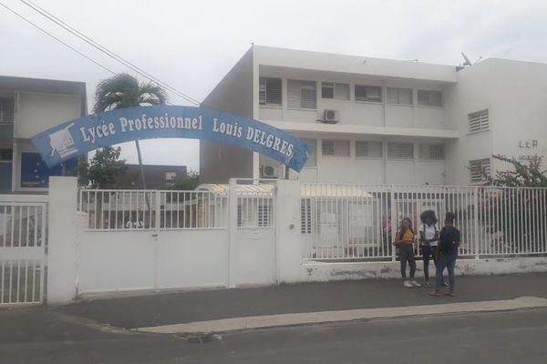Le lycée Louis Delgrès du Moule