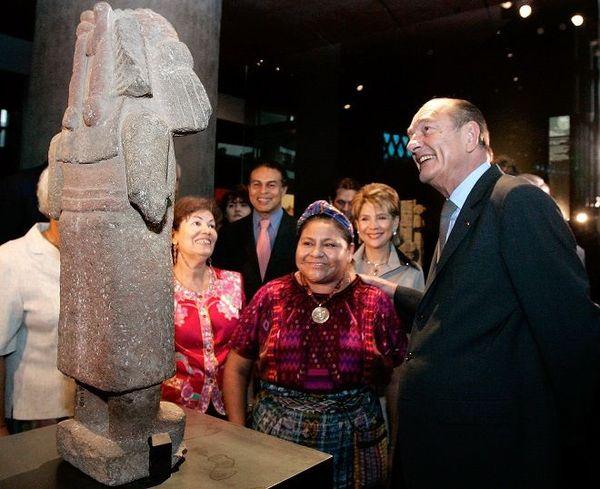 Chirac et Rigoberta Menchu