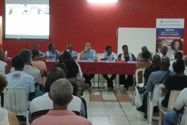 SECURITE: un climat d'insécurité chez les commerçants guadeloupéens, la CCI propose un réseau d'alerte