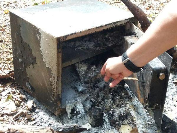 Lycée des Iles Lifou coffre-fort volé et brûlé