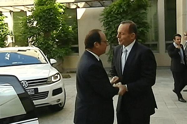 Hollande et Tony Abbott