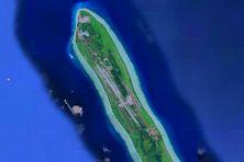 La piste d'atterrissage qui accueillait des coucous a disparu. Voici celle construite par l'armée indienne qui fait d'Agaléga une base militaire