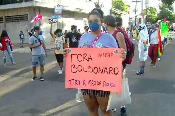 Manifestation pour réclamer le départ de Bolsonaro à Macapa