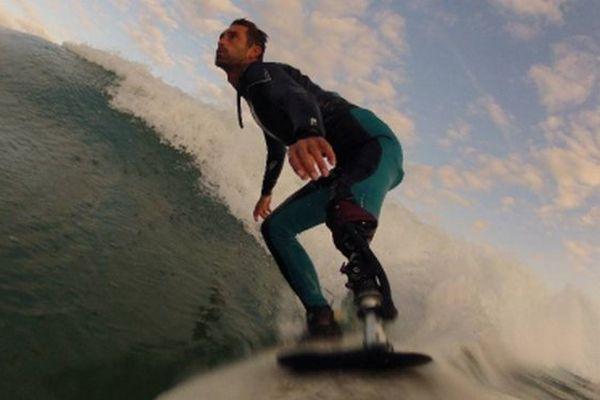 Eric Dargent surf à nouveau