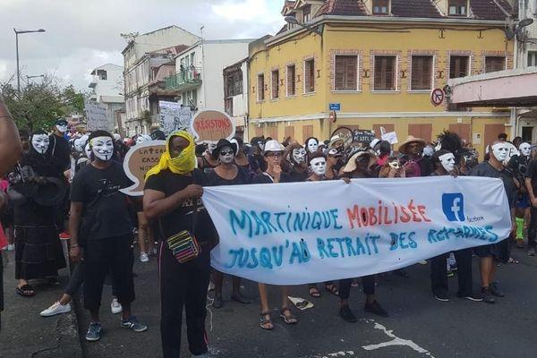 Militants au défilé du dimanche gras