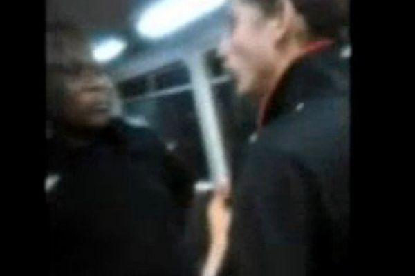 attaque raciste train australie