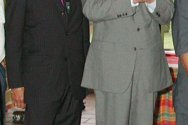 Avec Léon Bertrand 2002