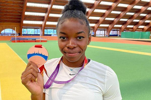Gémima Joseph et sa médaille de bronze des championnats d'Europe espoirs 2021