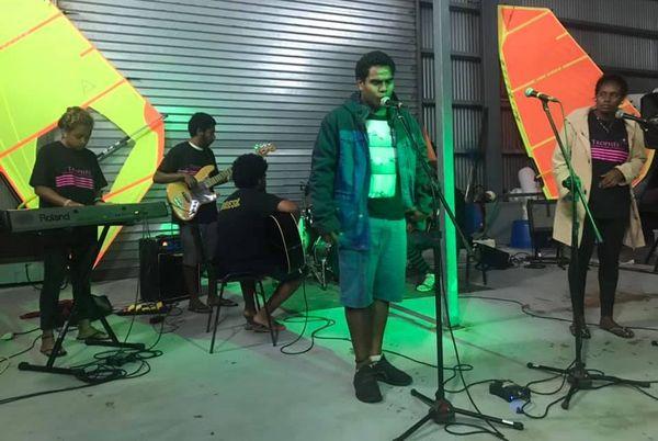 Trophée Jeunes marins et artistes 2019, groupe à Lifou