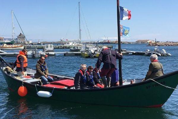 Un voyage à bord d'une embarcation traditionnelle de pêche de l'archipel.