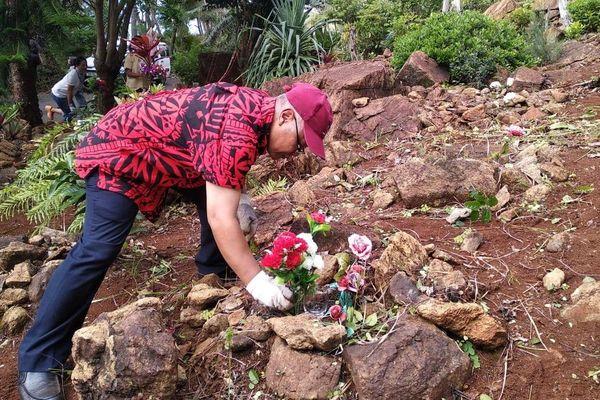 Nettoyage du cimetière javanais de Goro avant Ramadan 2019, photo consulat d'Indonésie