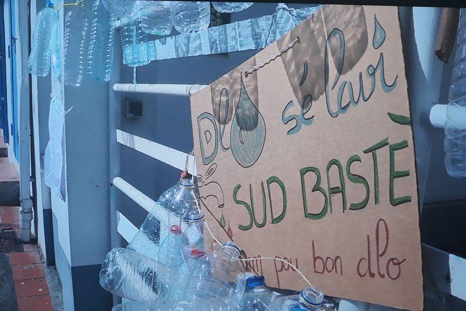 Mobilisation pour l'eau en Sud Basse-Terre : Dlo Sé Lavi ! - Guadeloupe la 1ère