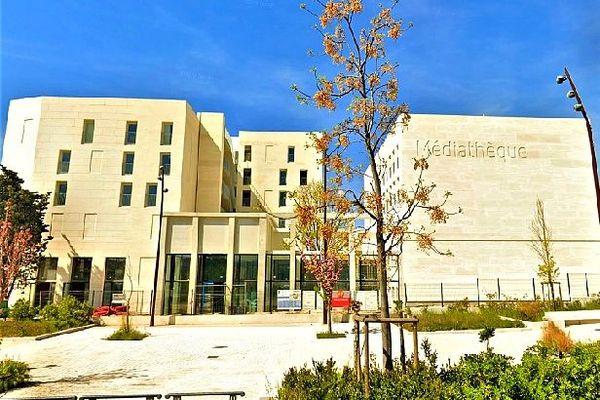 Médiathèque Salim-Hatubou à Marseillle octobre 2020