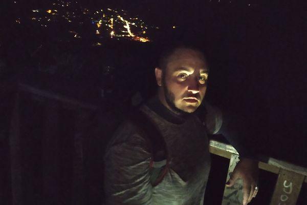 Pèlenirage de Fabrice La Bruyère à l'ascension du Piton des Neiges
