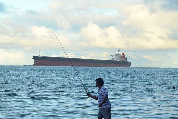 Wakashio échoué sur la barrière de Corail à l'île Maurice juillet 2020
