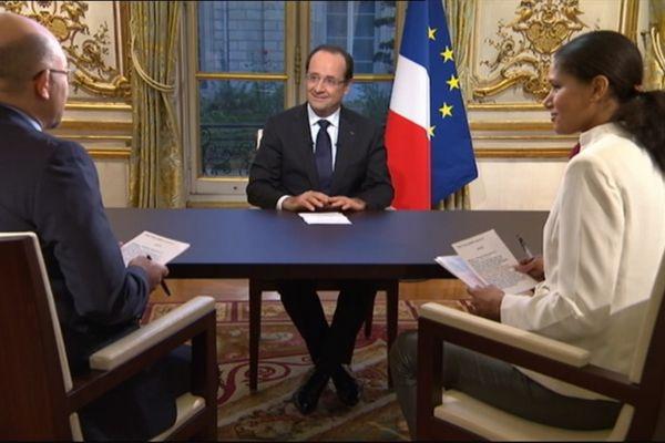François Hollande s'adresse à l'outremer