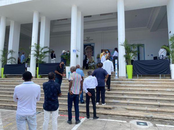 Guadeloupéens hommage à Lucette Michaux Chevry