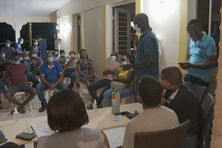 La réunion rassemblait les membres des deux clubs du Saint-Esprit et certains coureurs.