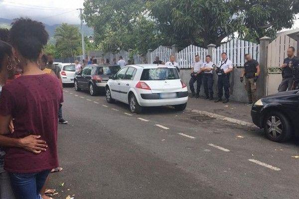 Un homme tue ses trois enfants / la Réunion
