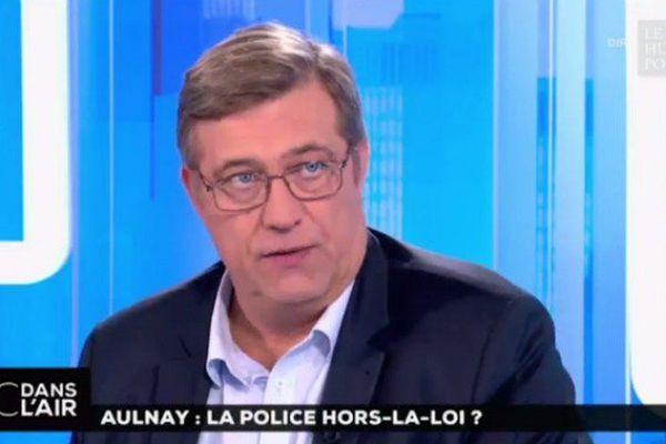 """""""Bamboula"""" : les propos d'un responsable syndical indignent les policiers des Outre-mer"""