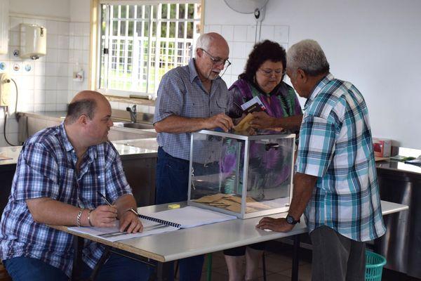 Photo premier tour Mont-Dore (23 avril 2017) élection