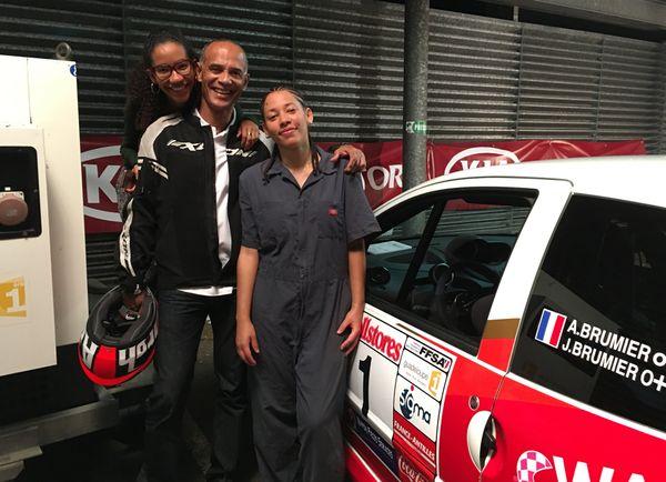 Ady et Jill Brumier et leur père Yves-Antonie Brumier