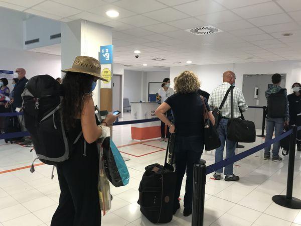 Arrivée aéroport de la Tontouta coronavirus