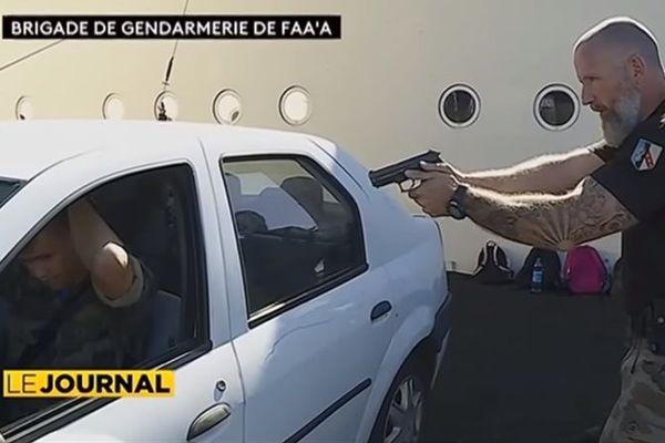 Réservistes de la gendarmerie en formation