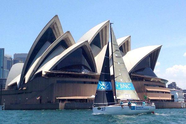 Sydney-Hobart BNC Sailing team en baie de Sydney opéra (23 décembre 2017)