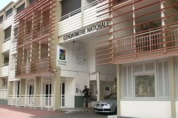 Gendarmerie St-Denis, Caserne Verines