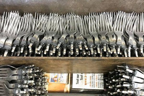 Fourchettes en acier inoxydable et nickel calédonien André Verdier