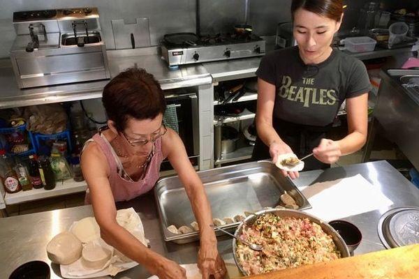 Gite de Ouano : la préparation des gyozas