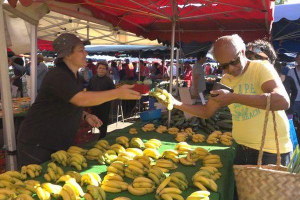 Pénurie bananes sur le marché du Chaudron 220718