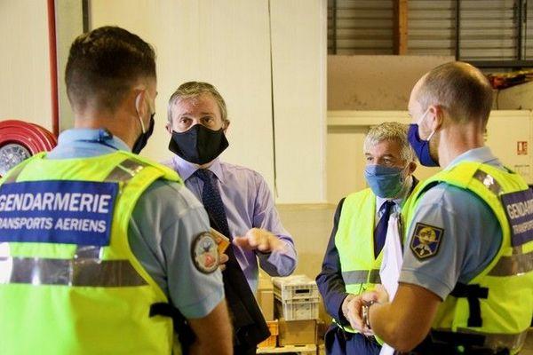 coronavirus masques déconfinement préfet aéroport réception 090520