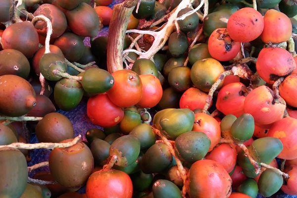 Parépous au marché de Cayenne