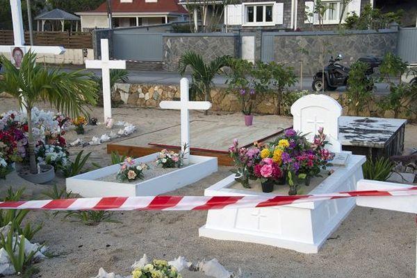 Tombe Johnny à Saint-Barthélémy