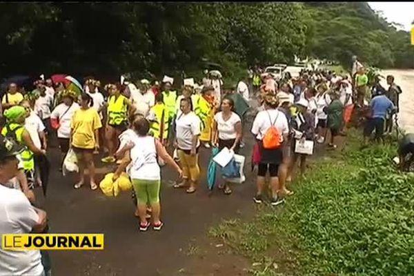 Non à Ecoparc : les associations de Papenoo mobilisent 200 personnes