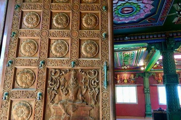 Temple Narasingua Péroumal Ravine Blanche Saint-Pierre 060720