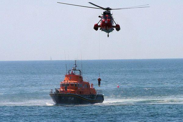 Exercice de sauvetage en mer (illustration)