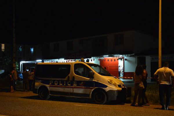 La police sur les lieux du braquage du 9 août
