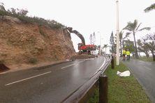 Promenade Pierre-Vernier, la route est restée coupée ce lundi pour laisser place aux travaux de confortement.