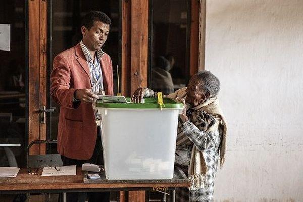 Les Malgaches votent pour le second tour de l'élection présidentielle