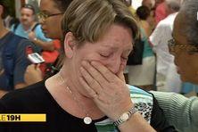 La douleur de la mère de Magalie Méjean, à son arrivée à la Martinique en compagnie de son mari et de son fils.