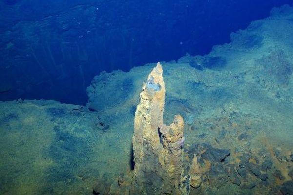 Cheminées de sulfure Futuna