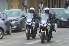 Les deux motards de la brigade motorisés de Saint-Laurent