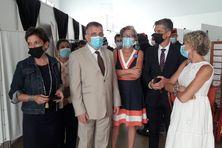 Au centre Clara De Bort  directrice de l'ARS et Thierry Queffelec préfet de Guyane
