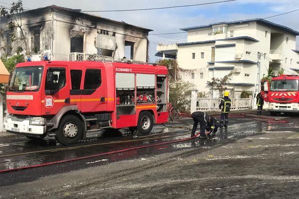 Incendie maison maitrisée