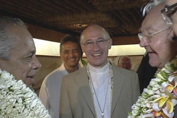 Victorin Lurel, Monseigneur Kreps, Gaston Flosse